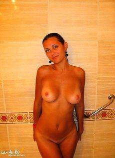 Ольга делает интимные фото на отдыхе