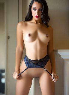 Lexi Storm на показе сексуального нижнего белья для Playboy