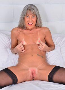Порно з бабульками за 65