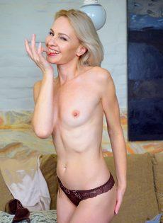 Секс домохозяйки в порно, бурные оргазмы крупно