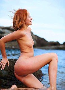 Рыжая Катя на пляже
