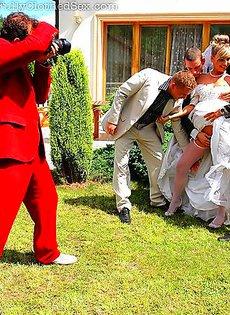Женилась сразу на нескольких мужиках