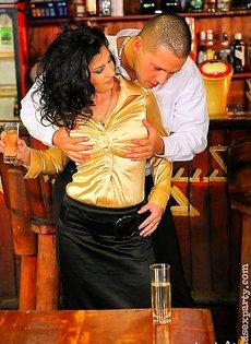 Вечеринка на барной стойки