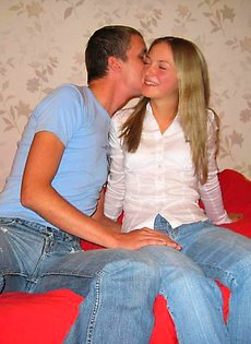 Парень трахнул девушку с плоской грудью