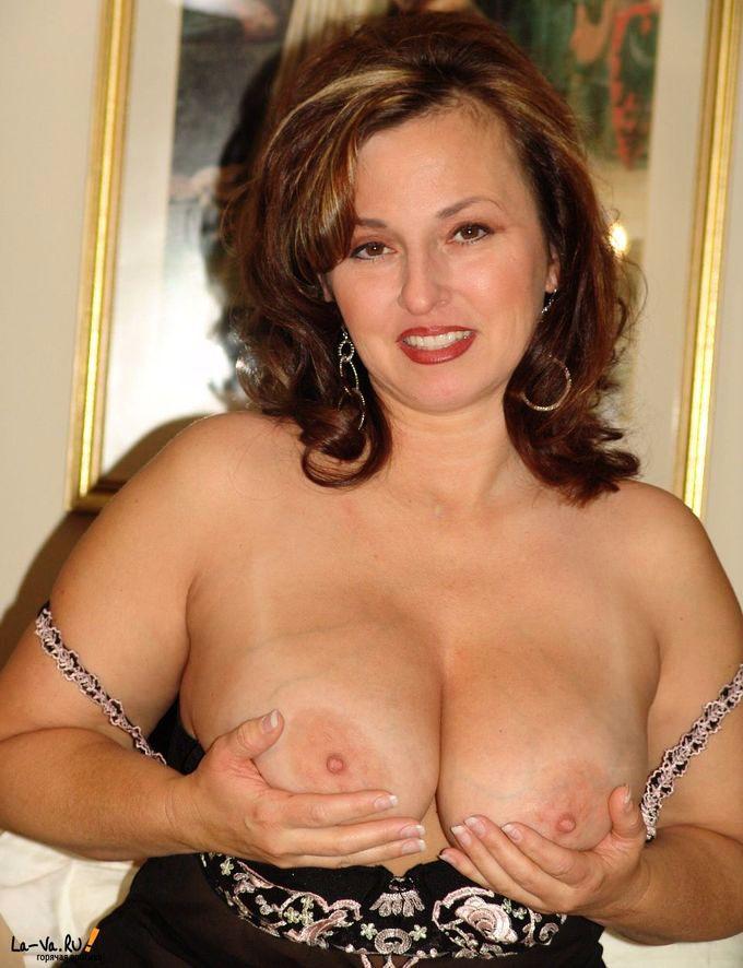 Пышная порно актриса 8 фотография