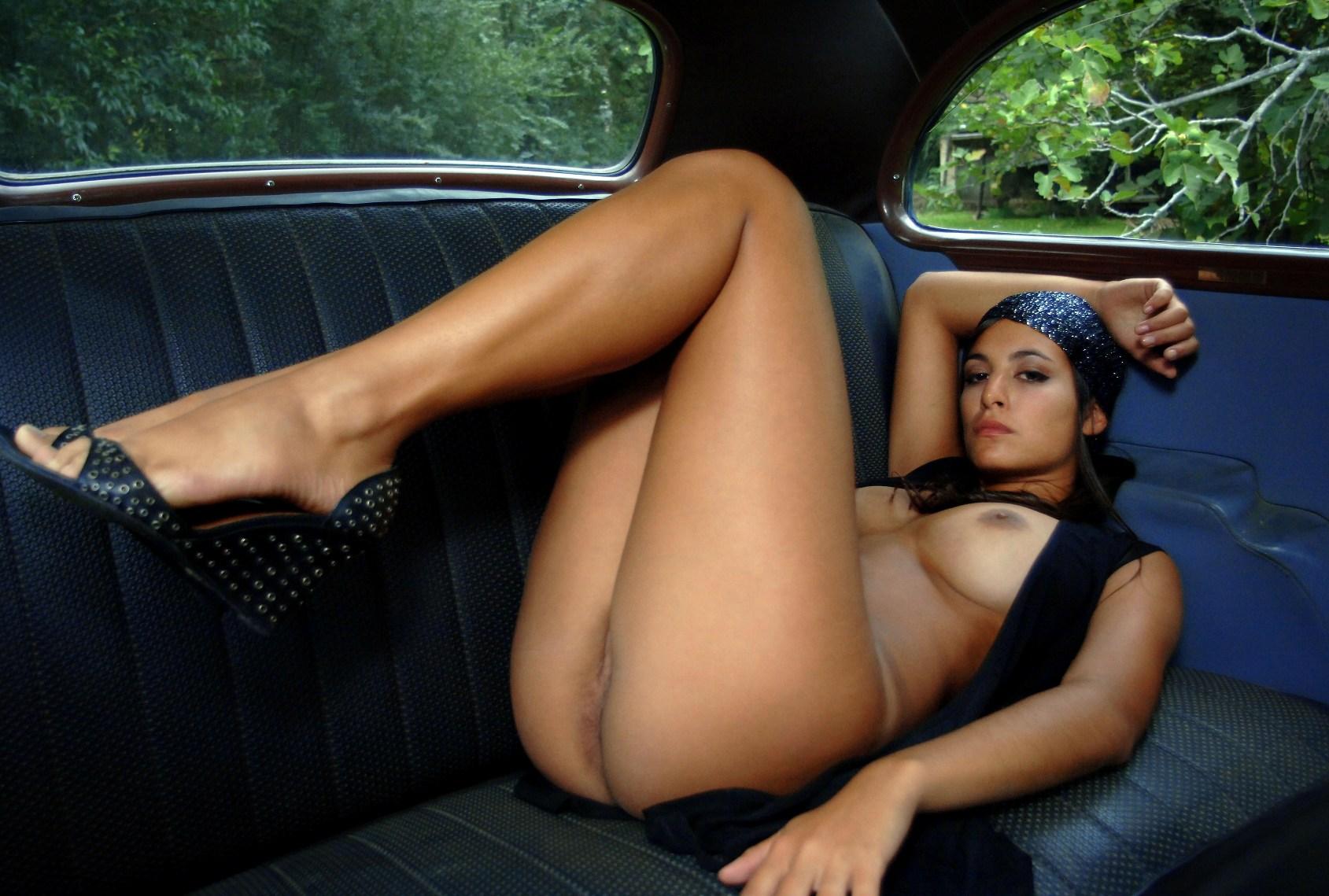 Девушки смотреть порно девушек у спортивных авто різні відео