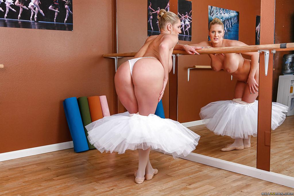 в проститутки балерин из