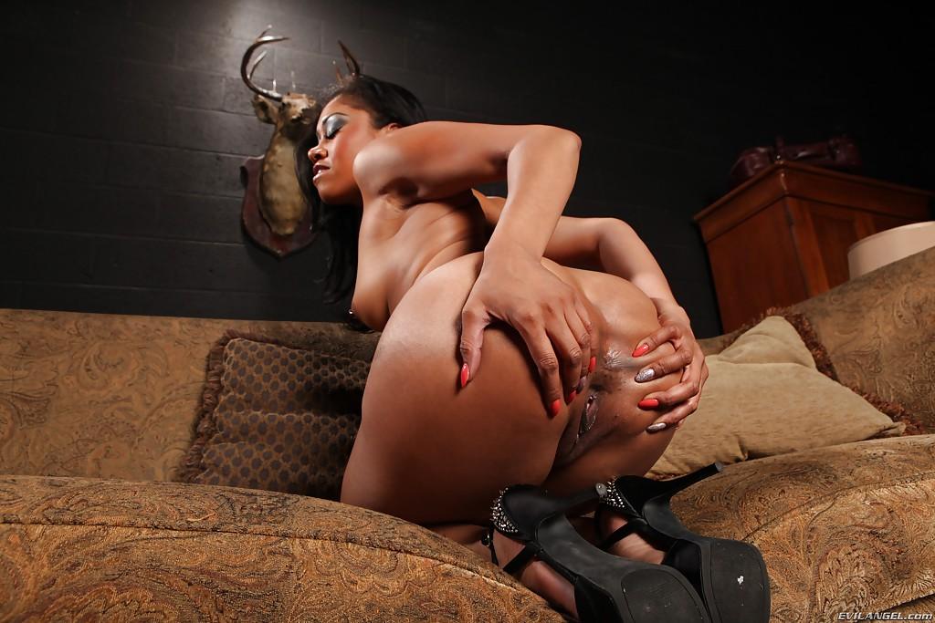 фото негритянок с большими сиськами