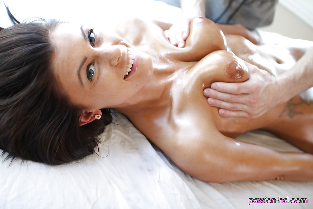 порно на мобилу накончал влагалища девушкам