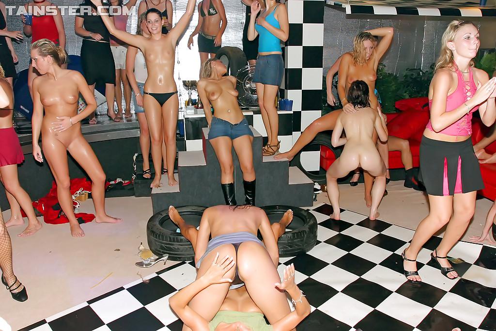 Европейское групповое порно