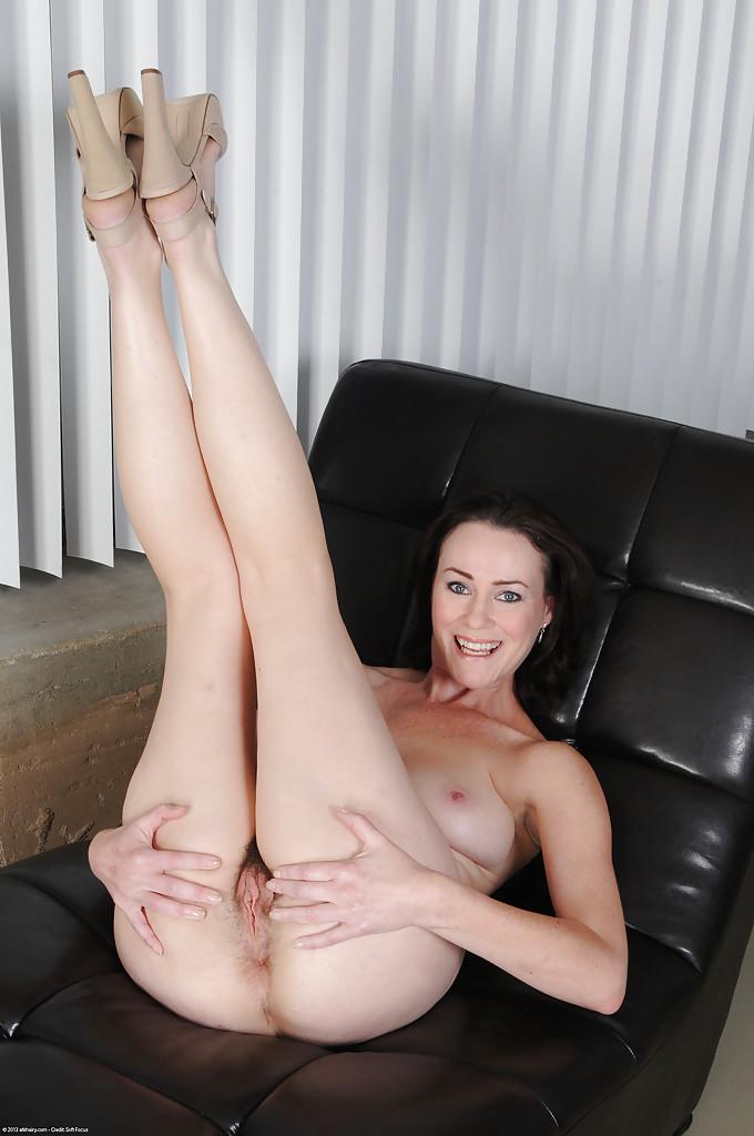 порно волосатых женщин в возрасте