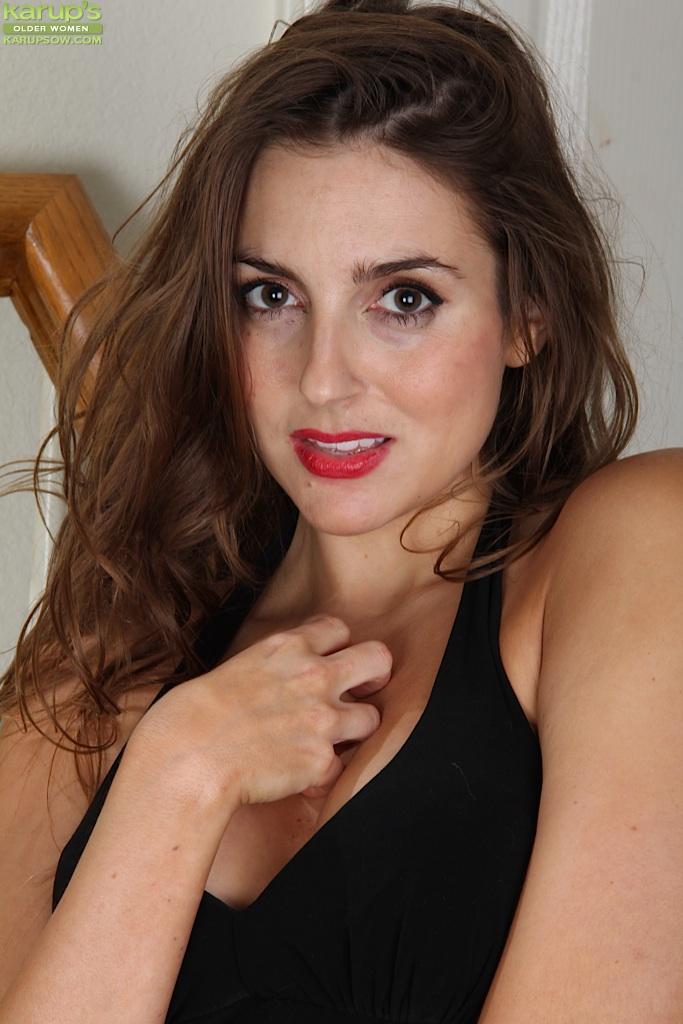 Милая женщина порно, сочные сиськи в сперме видео
