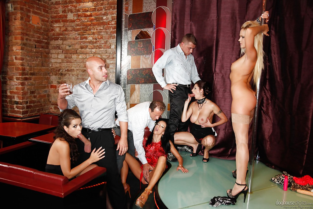голые проститутки и стриптизерши