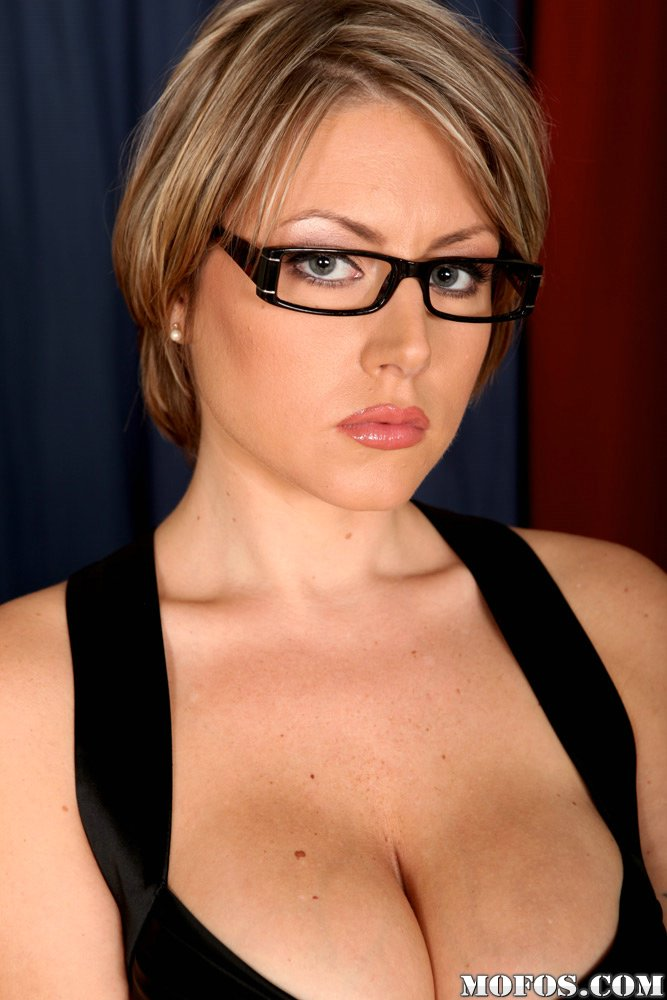 Hot german milf cum on glasses