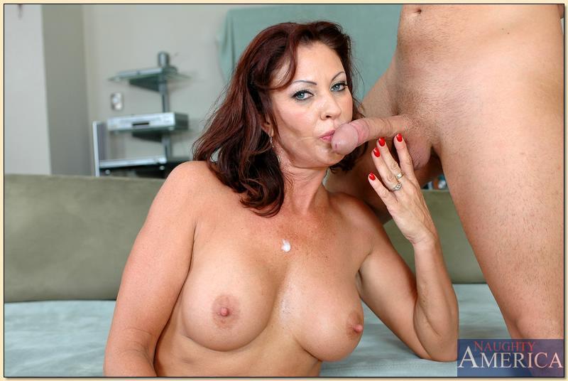 зрелые женщины трахаются порно фото