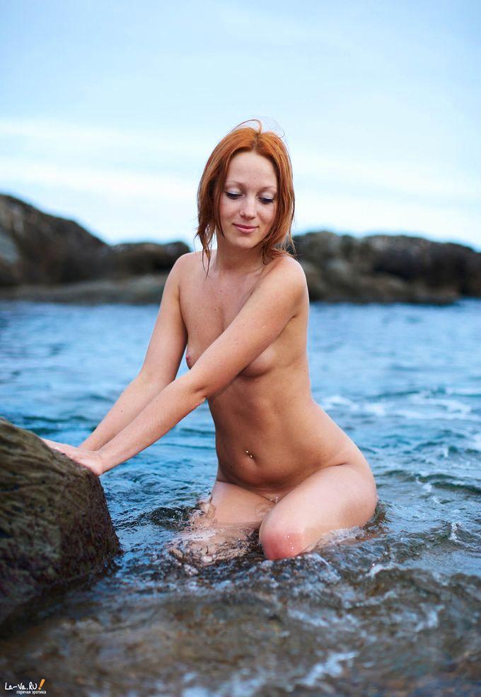 Порно hd рыжую на пляже
