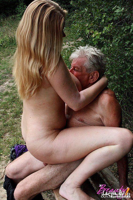 бурный секс с дедом