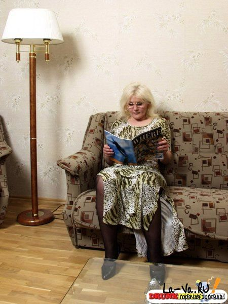 пожилая женщина фото знакомство