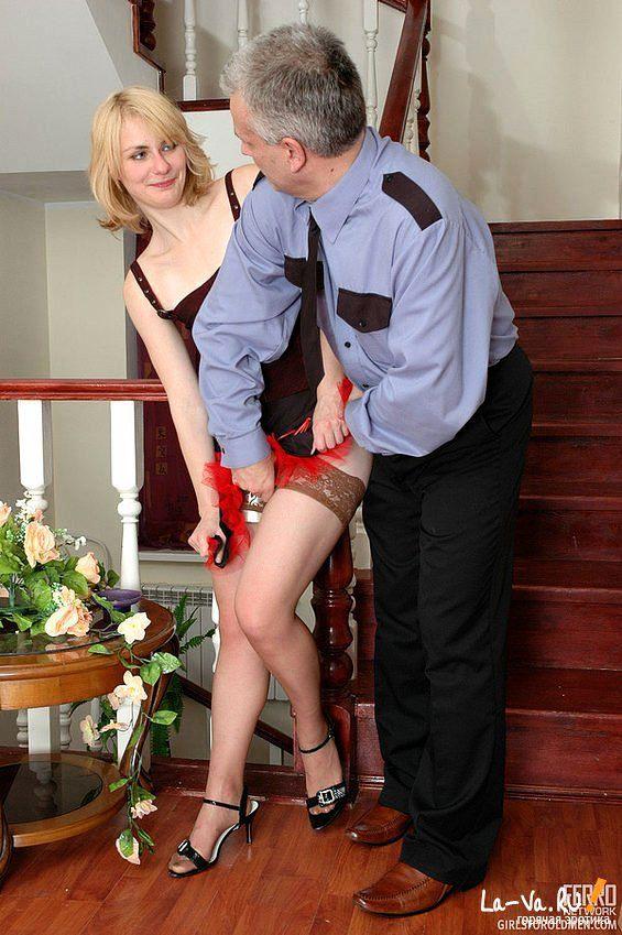 Порно телка с двумя охранниками ссср ххх фото