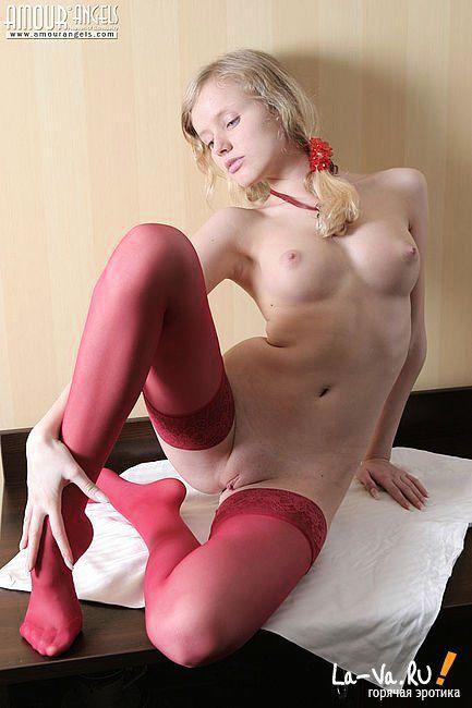 порно фотки девушки в чулках