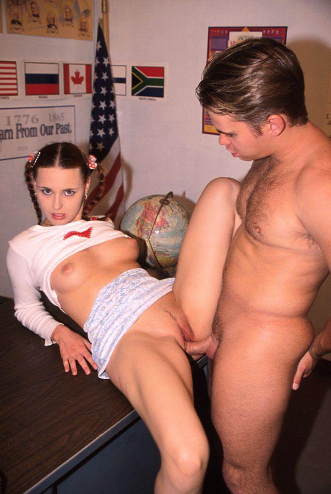 Большая грудь скачать порно видео с летитбит