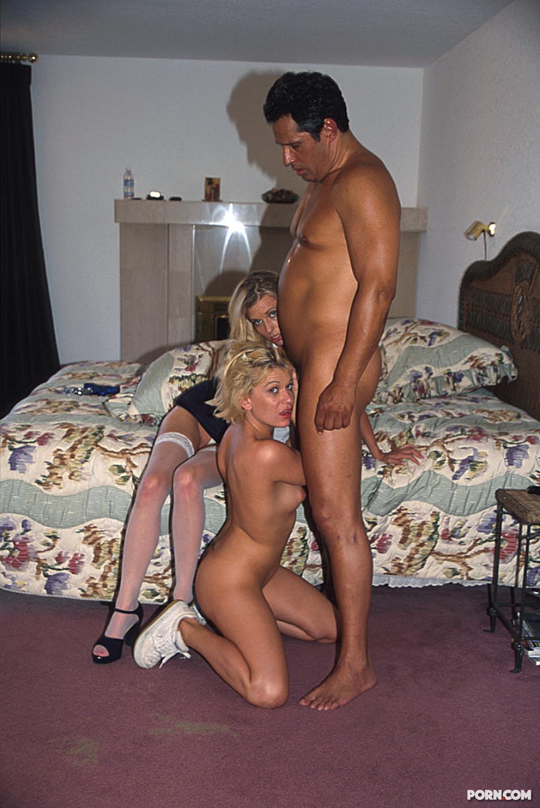фото секс с молодыми шлюхами