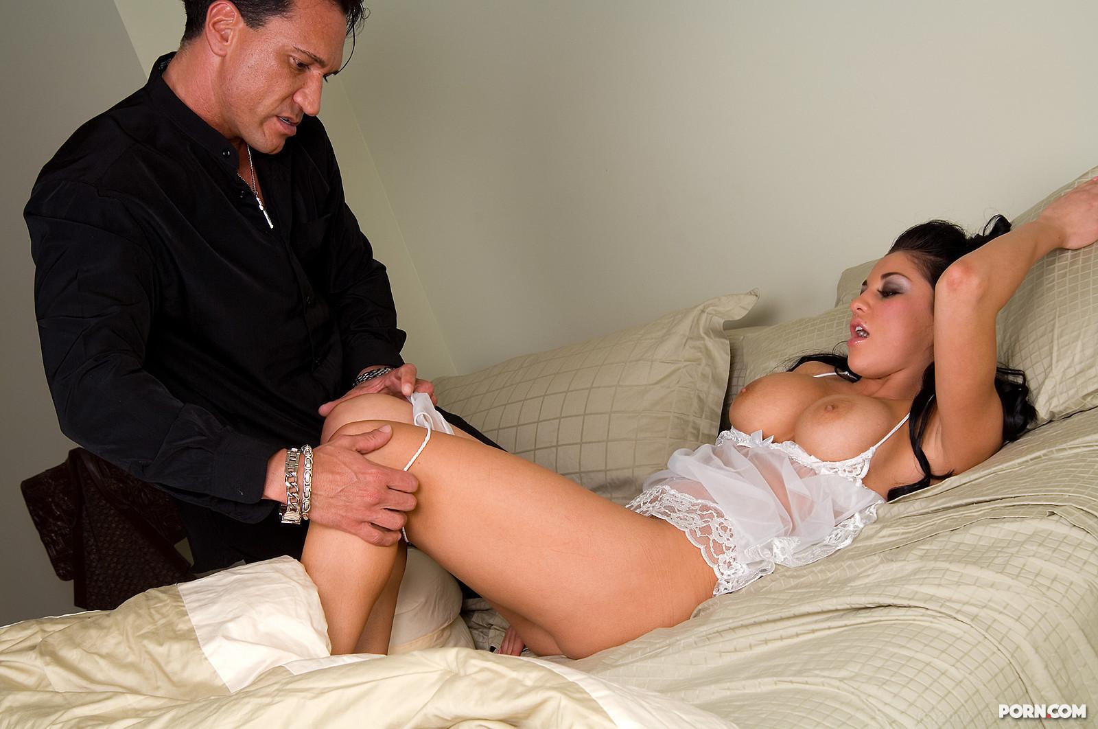 Порно муж разбудил жена
