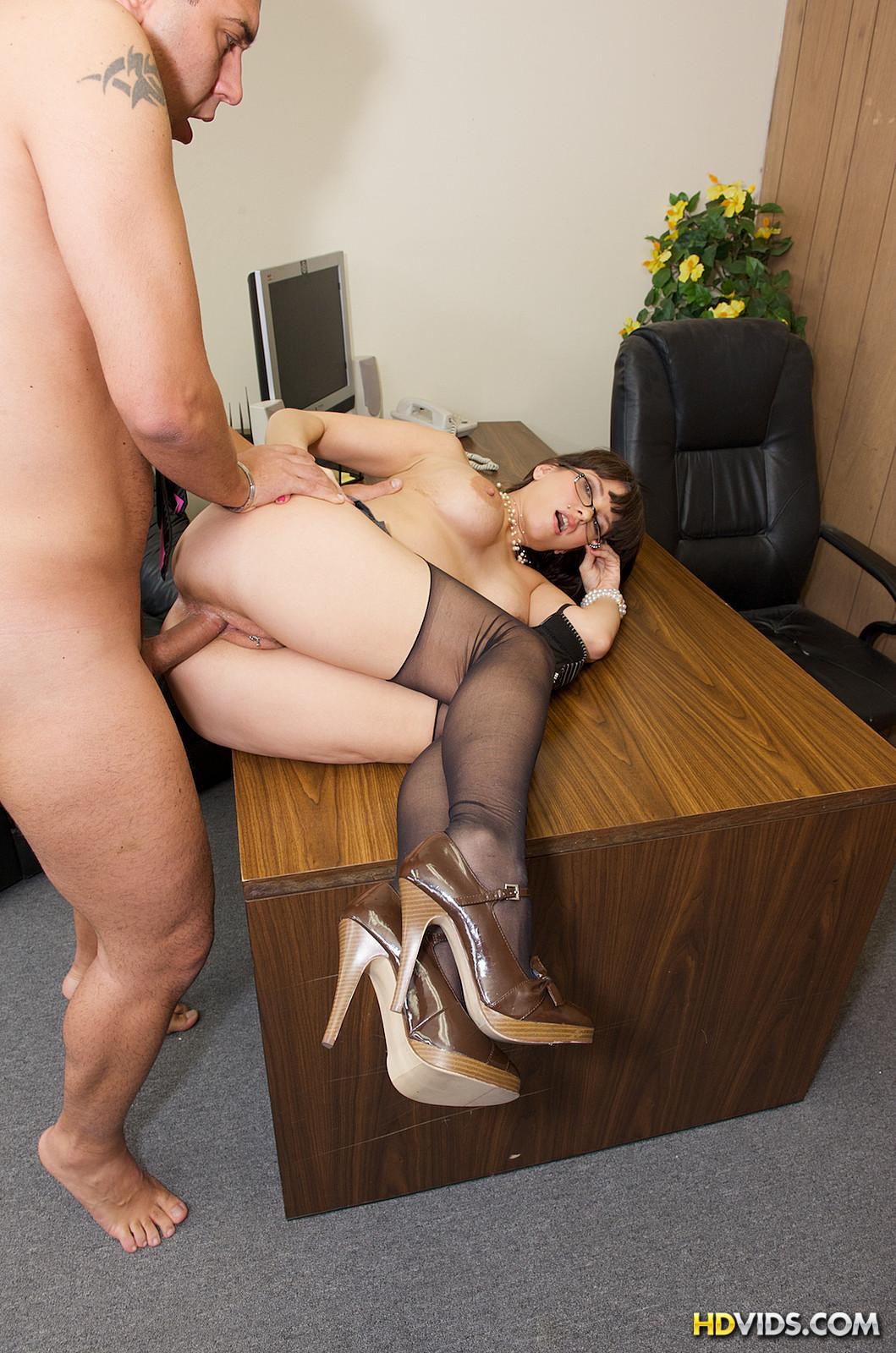 Секс у босса дома 10 фотография