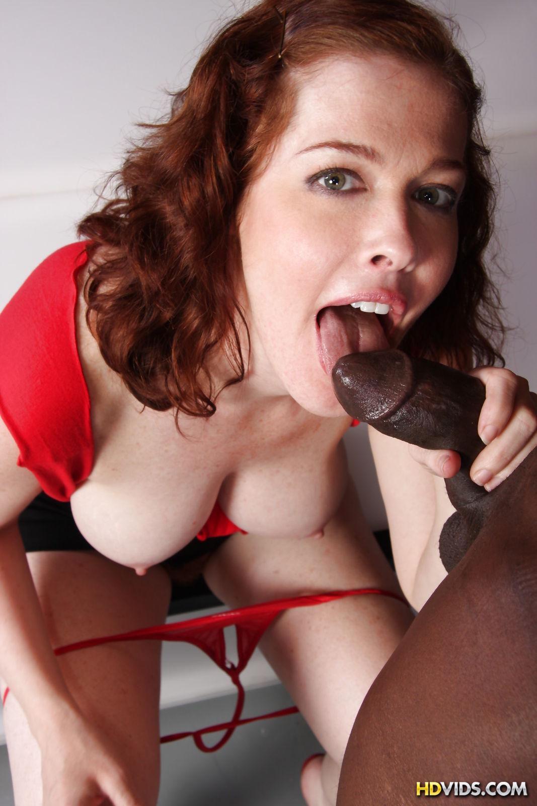 порно рыжие с большая грудью