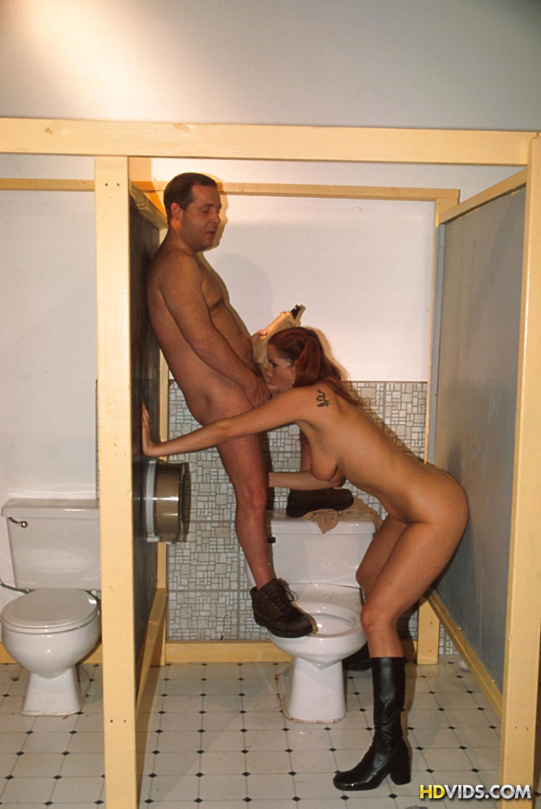 женский туалет в офисе колледже порно
