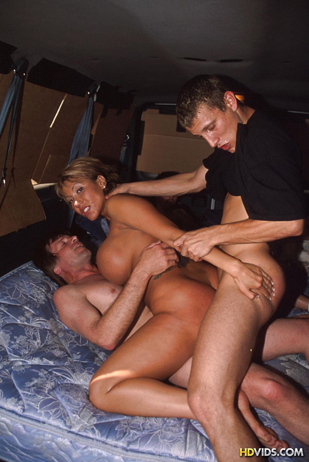 kak-pravilno-porno-gruppovuha-lyubiteley