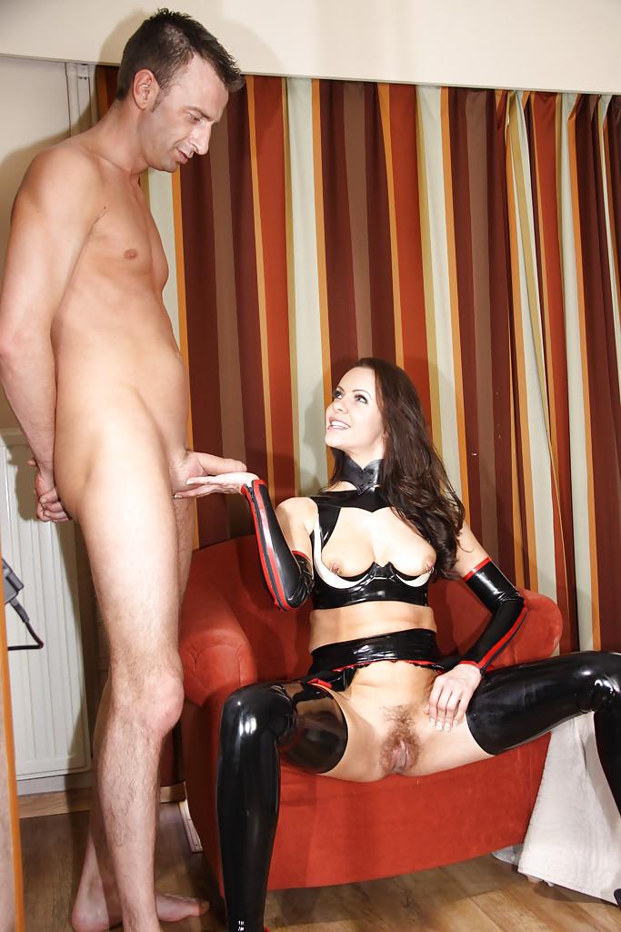 Порнозал госпожа и раб