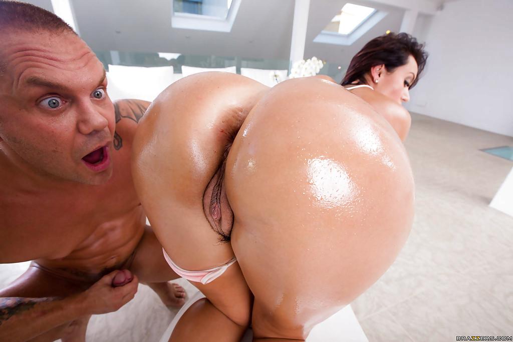 порно фото разорвал членом