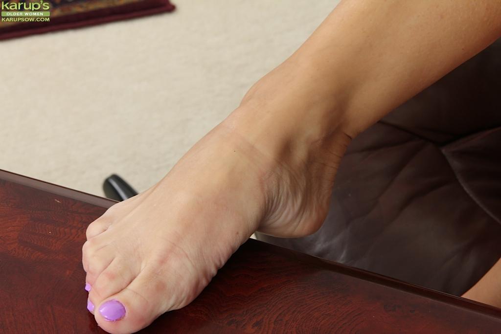 влагалище порно раздвинутые ножки